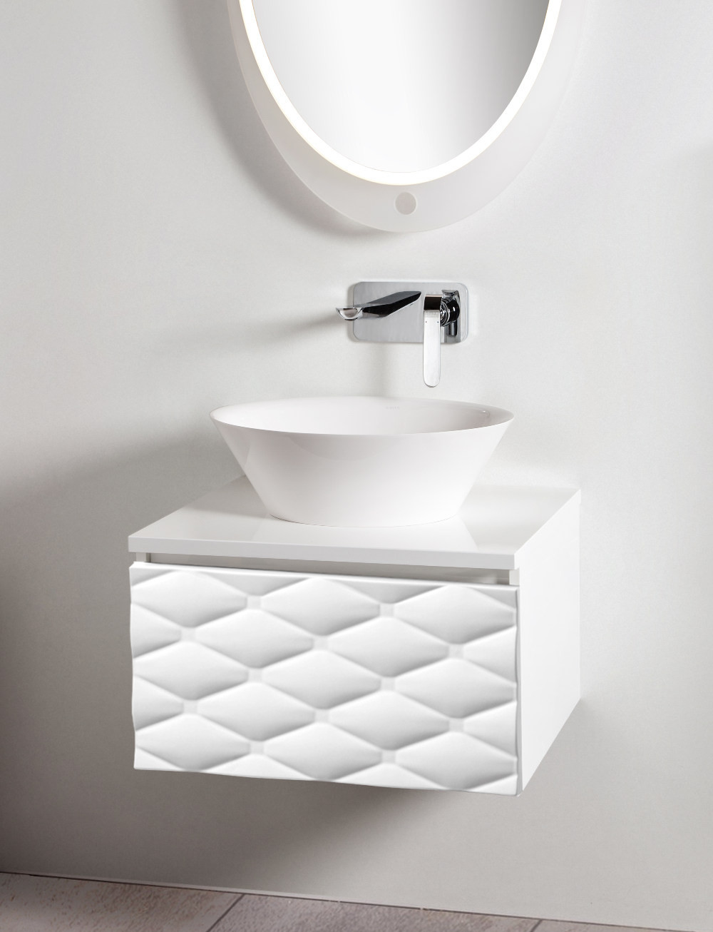 Szafka Lira 60 w kolorze białym z jedną głęboką szufladą i białym blatem.